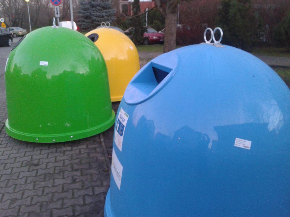 kontenery śmieciowe do segregacji - Szymon Mazur
