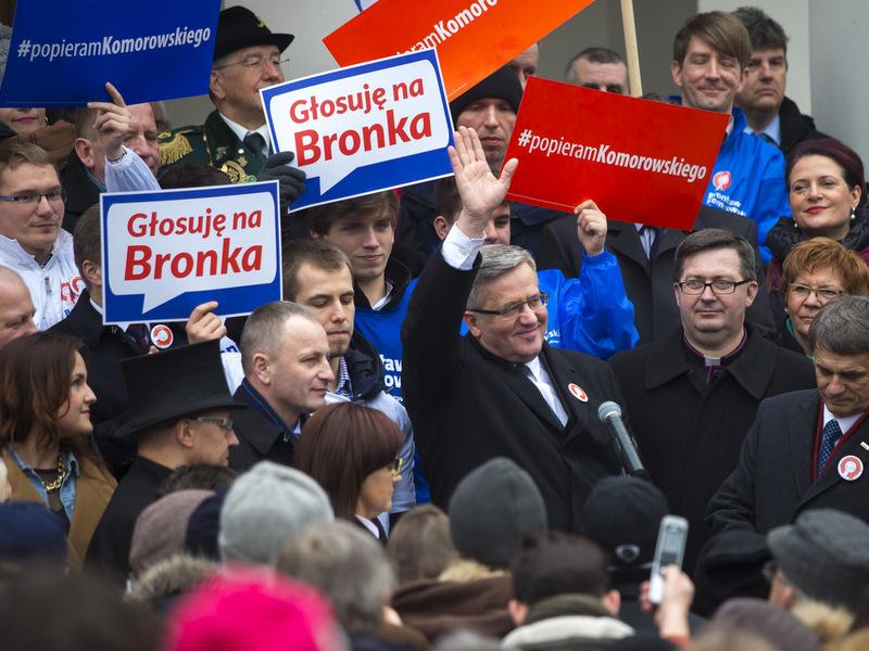 Bronisław Komorowski w Szamotułach - mat. prasowe komitetu