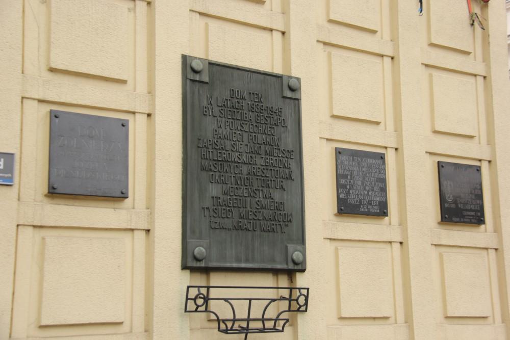 Uroczystość pod Domem Żołnierza w Poznaniu