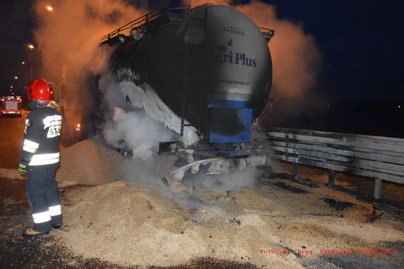 pożar ciężarówki s5 rawicz - Krzysztof Skrzypczak - PSP Rawicz