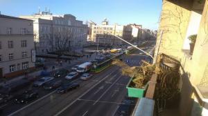 Głogowska. Dwie osoby ucierpiały w tramwaju