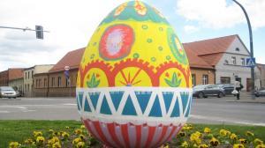 Wielkie jaja na ulicach