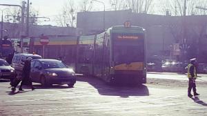 Dwa wykolejone tramwaje. Komunikacyjne zamieszanie w Poznaniu [AKTUALIZACJA]