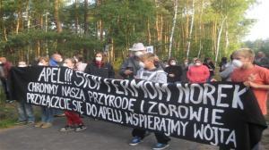 Protest mieszkańców ws. fermy norek