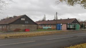 Jeden barak dla lokalnej społeczności?