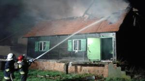 Spłonął drewniany dom