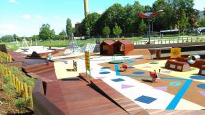 Nowy plac zabaw w Poznaniu  - Wartofrajda