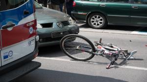 Rowerzysta potrącony na Łazarzu
