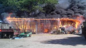 Jeżdżą do pożaru ze strażakami