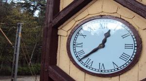W weekend przestawiamy zegarki. Czy potrafimy korzystać z czasu?