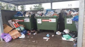 Północny Poznań tonie w śmieciach