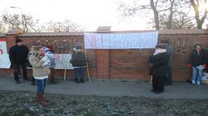 Protest przed schroniskiem