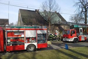 Pożar domu - szybka interwencja strażaków