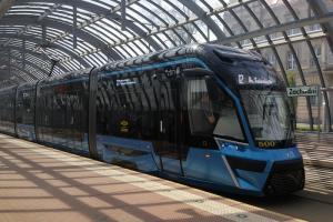 Nowy tramwaj na torach - testowo!