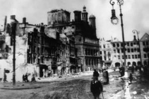 Wraca sprawa reparacji wojennych dla Polski. Kanclerz Niemiec manipulował?