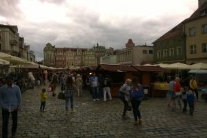 Tłumy na poznańskim Starym Rynku