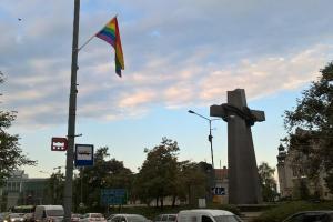 Tęczowe flagi na ulicach Poznania