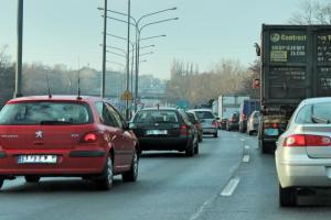 Kierowcy mają się przesiadać do autobusów i tramwajów