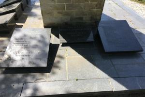 Martwią się o zaniedbany pomnik Powstańców Wielkopolskich
