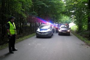 Policyjny pościg i strzelanina w lesie