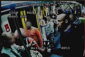 Rasistowski atak w tramwaju. Jest wizerunek sprawcy