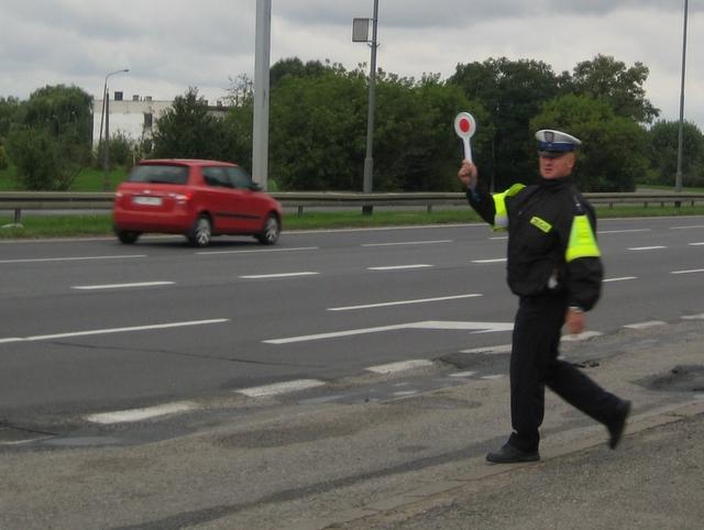 Policjanci zawiesili protest