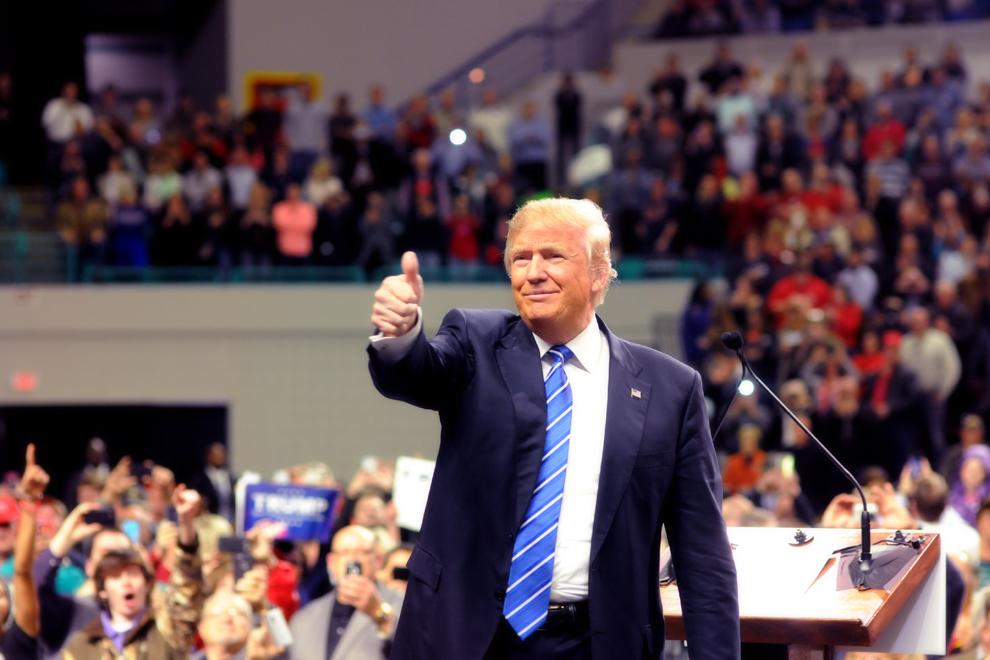 Gra Trumpa, gra Trumpem