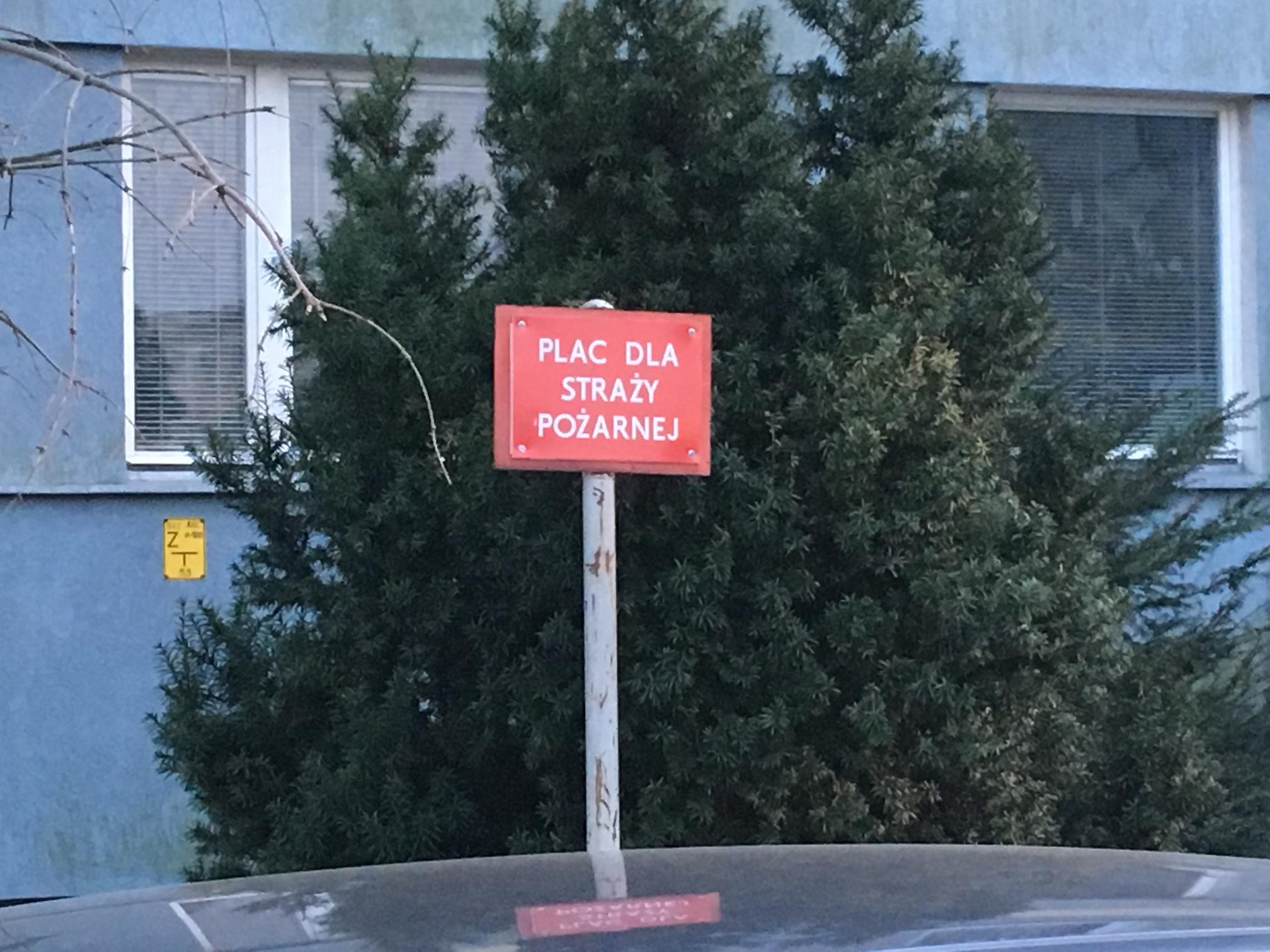 Zastawione drogi przeciwpożarowe w Gnieźnie