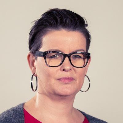 Agnieszka Maciejewska redakcja serwisów, reporter E-mail: agnieszka.maciejewska@radiomerkury.pl - Radio Poznań