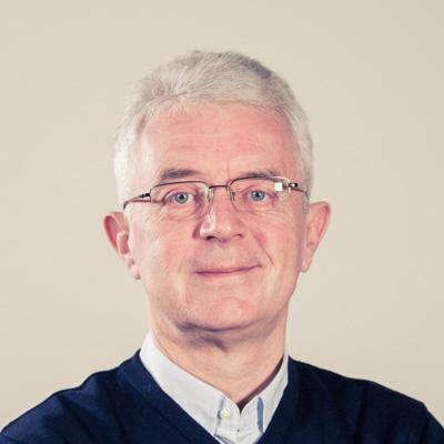 Krzysztof Ratajczak Koordynator Redakcji Sportowej E-mail: krzysztof.ratajczak@radiopoznan.fm - Radio Poznań