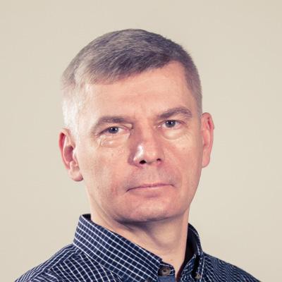 Tomasz Jędraszczak Kierownik Działu Publicystyki, wydawca E-mail: tomasz.jedraszczak@radiopoznan.fm - Radio Poznań