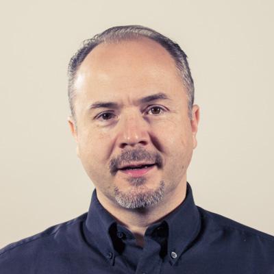 Wojciech Bernard  E-mail: wojciech.bernard@radiopoznan.fm - Radio Poznań