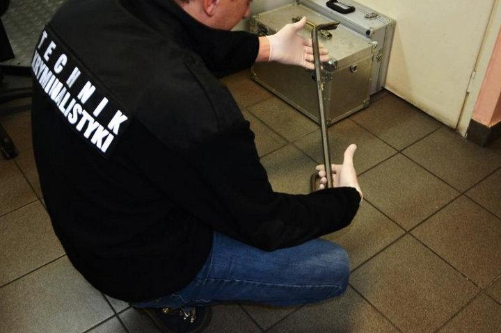 wlamania do myjni samochodowych łamak - Policja Szamotułu