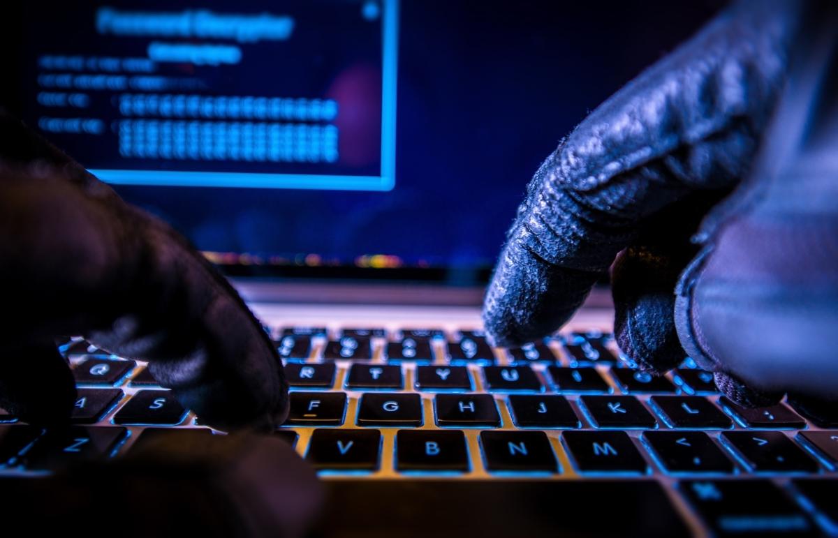 Hacker haker intenret - Szymon Mazur