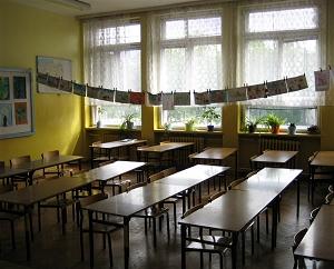 Szkoła, klasa, ławki - Aleksandra Włodarczyk