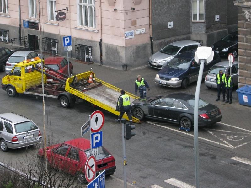 Odholowywanie aut, laweta - Archiwun