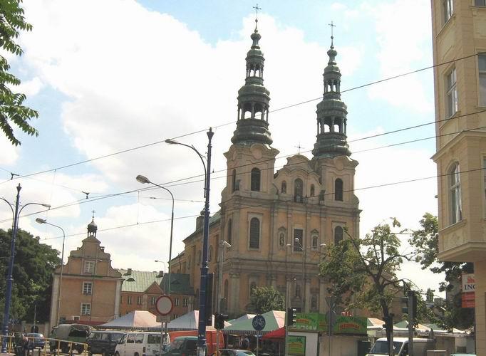 kościół franciszkanów plac bernardyński - CC: Wikipedia Commons