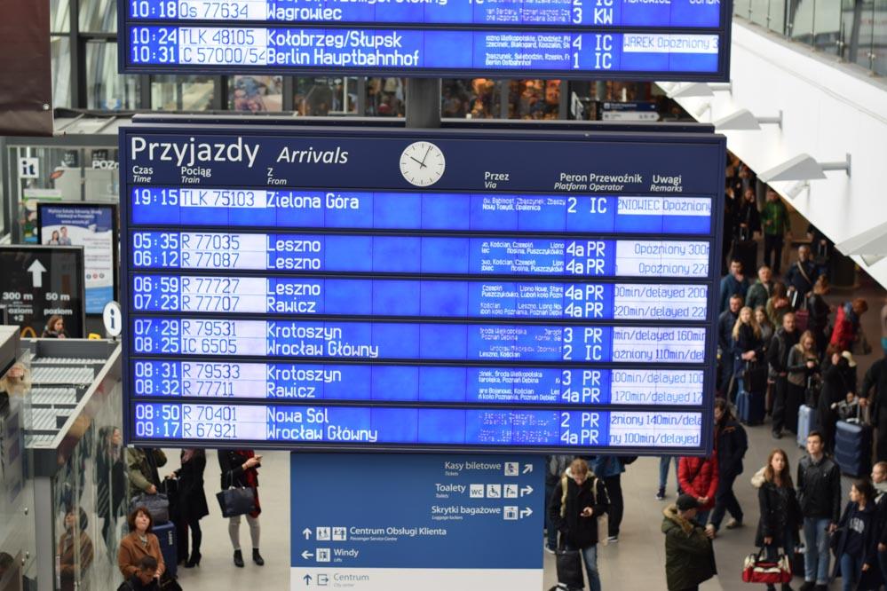 Orkan Ksawery opóźnienia kolej Poznań Główny - Przemysław Zabawa