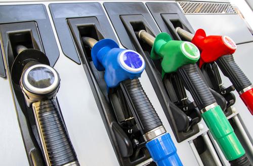 paliwo benzyna dystrybutor - Fotolia