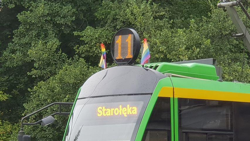 flagi tęczowe tramwaje parada - Michał Jędrkowiak
