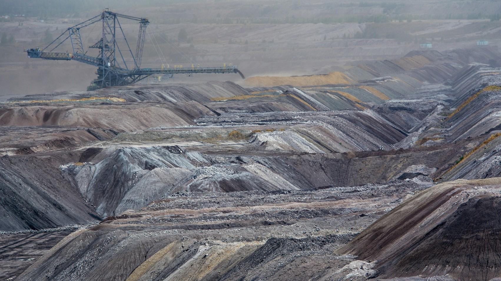 węgiel brunatny kopalnia - Fotolia