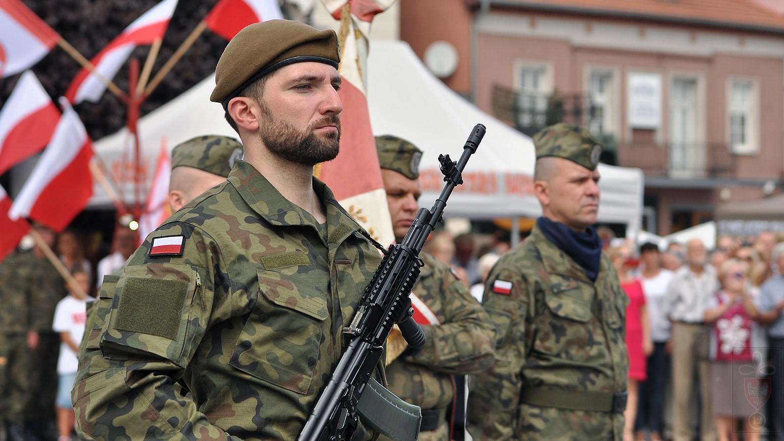 ochotnicy obrony terytorialnej w śremie - Anna Szymaniak WOT Śrem