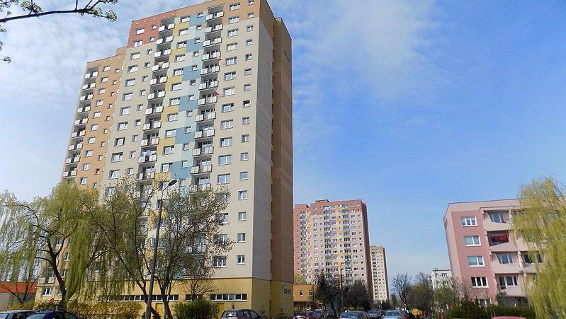 wieżowiec armii krajowej poznań - CC: Wkimedia Commons: Koefbac