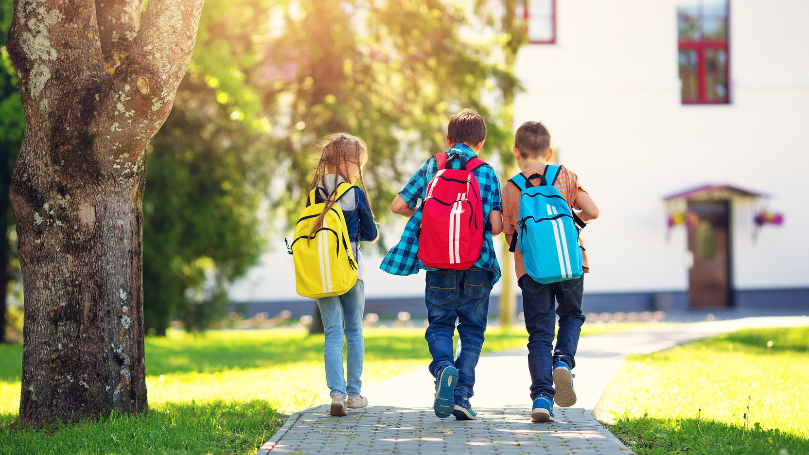 dzieci plecak szkoła - fotolia