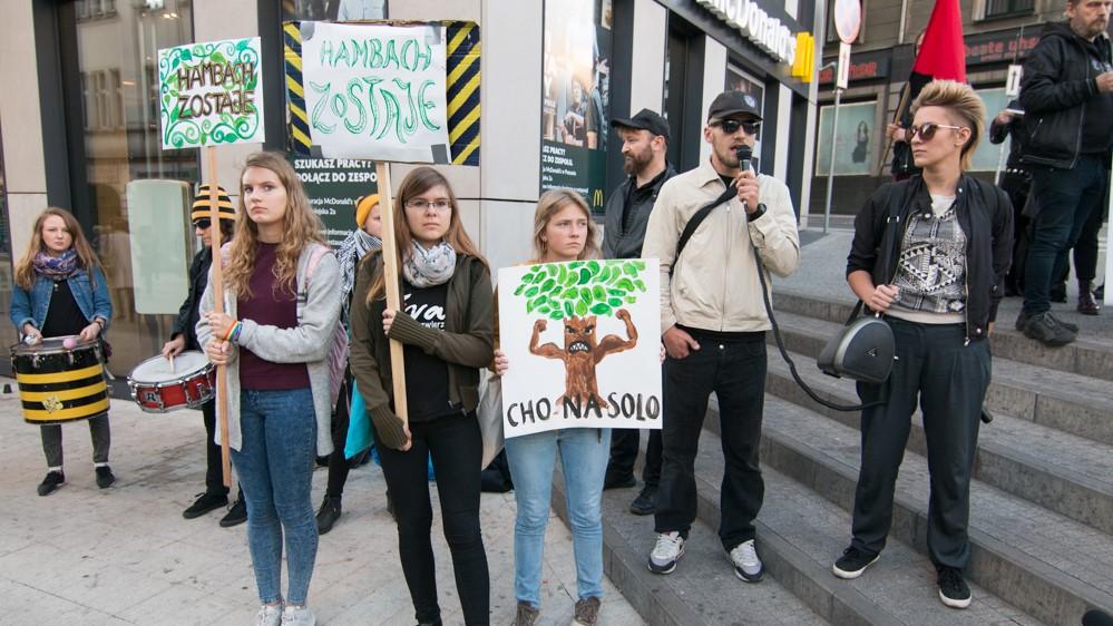 Sprzeciwiają się wycince lasu Hambach  - Wojtek Wardejn