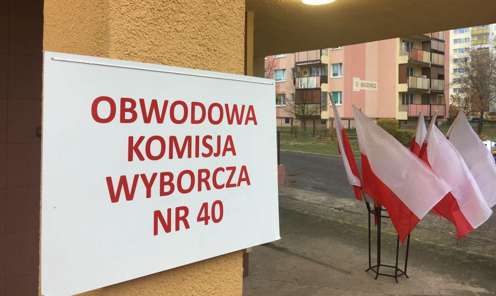 lokal wyborczy wybory - Sławomir Zasadzki