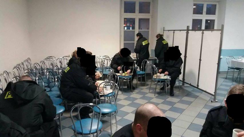 piła policja szkoła afera śniadanie - Facebook