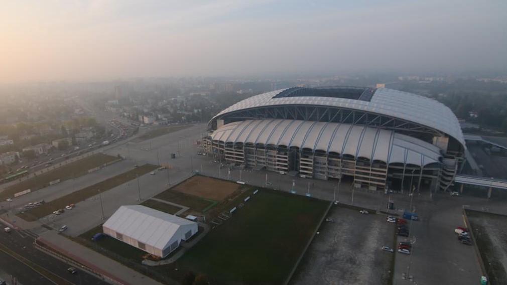stadion z lotu ptaka lech poznań  bługarska - archiwum