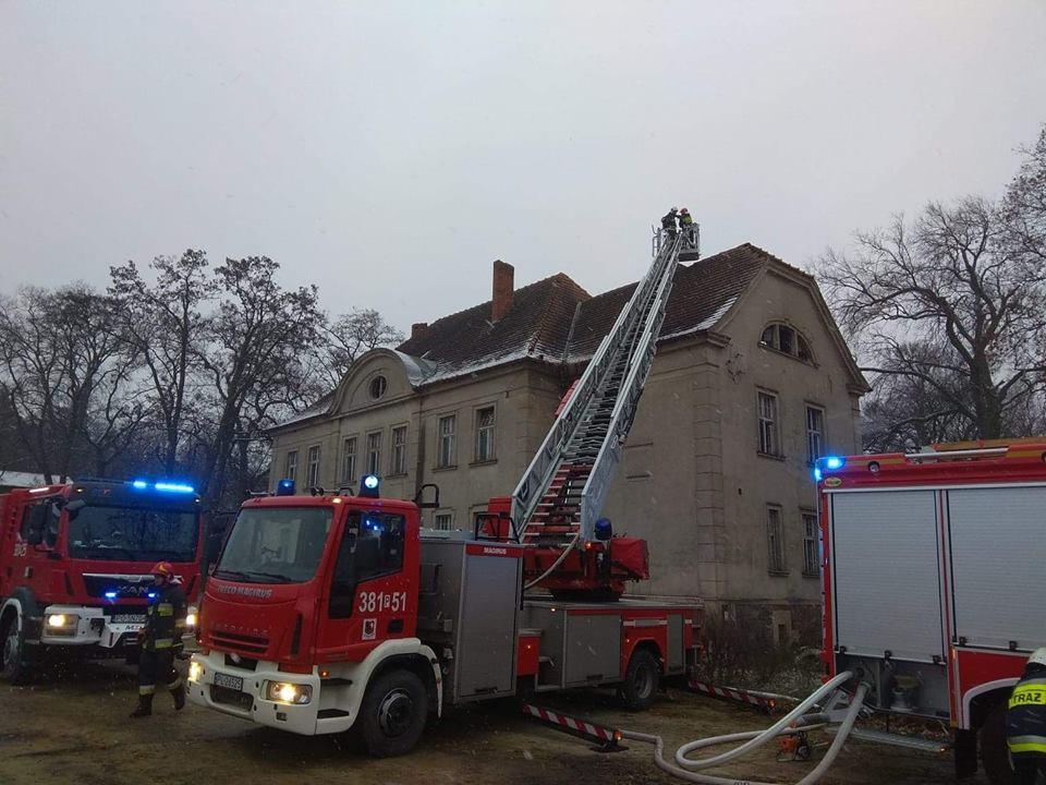 pożar wojnowice pałac - OSP Leszno-Gronowo