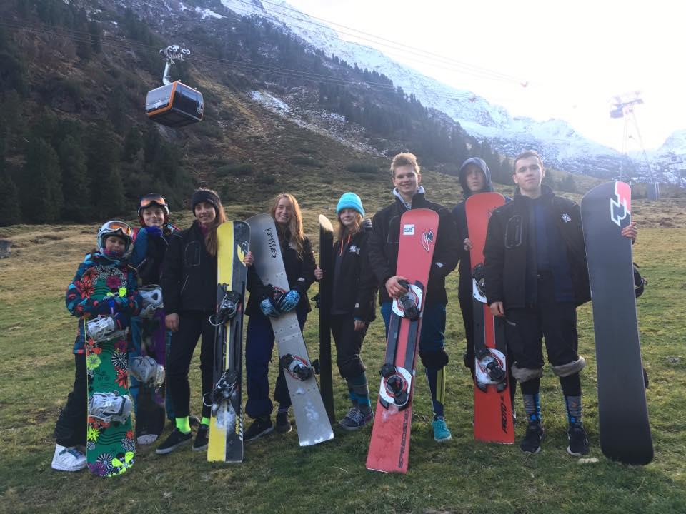 snowboardziści z Poznania extremalta - FB: Extremalta